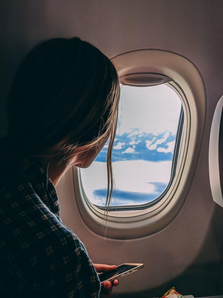 Kui pead lennukil olles unevõla tasuma